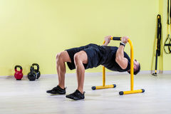 Man working out at gym Royalty Free Stock Photography