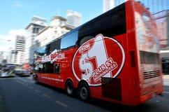 ManaBus uttrycklig buss för com i Auckland - Nya Zeeland Royaltyfria Bilder