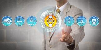 Manager Adding Wearable Technology aan Gegevensverwerking stock afbeelding