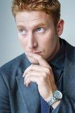 Manager Businessman die oplossing zoeken royalty-vrije stock fotografie