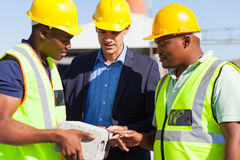 Manager construction workers Royalty Free Stock Photo