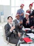 Manager en zijn team bij een partij Stock Afbeeldingen