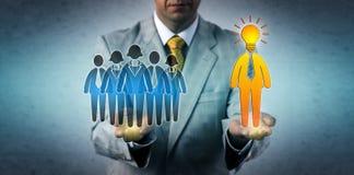 Manager Hiring een Heldere Leider For The Workforce stock foto's