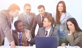 Manager und Geschäftsteam im Büro Stockbilder