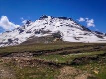 Manali - Leh, Ladakh huvudvägväg Indien Arkivbild