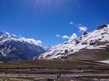 Manali - Leh, Ladakh huvudvägväg Indien Arkivfoto
