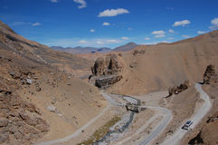 Manali to Leh highway. View on road leading though Ladakh landscape (India Royalty Free Stock Photography