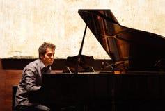Piano a solas de Zade Dirani Foto de archivo