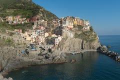 Manarola村庄,意大利的五乡地海岸  免版税库存照片
