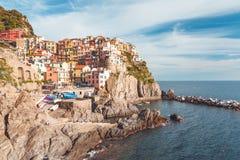 Manarola, Cinque Terre Coast von Italien lizenzfreie stockfotos
