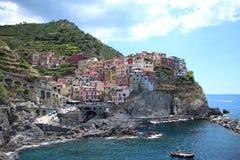 Manarola Italien på det Ligurian havet i Cinque Terre Royaltyfria Bilder