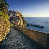 Manarola village, stone trekking trail. Cinque Terre, Italy stock images