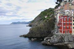 Manarola wioska przy zmierzchem Cinque Terre park narodowy, Liguria Włochy zdjęcie stock