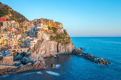 Manaroladorp één van Cinque Terre in La Spezia, Italië Stock Foto