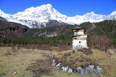 Manaslu and stupa Stock Photos