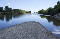 Manawatu flod, norr Palmerston, Nya Zeeland fotografering för bildbyråer