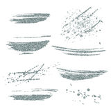 Manchas de plata de la pintura del vector fijadas Elemento de plata del brillo en el fondo blanco Movimiento brillante de plata d Imagen de archivo