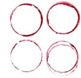 Manchas del vino de la acuarela La copa de vino circunda la marca aislada en el fondo blanco Elemento del diseño del menú Imagenes de archivo
