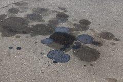 manchas do fuel-óleo fotos de stock