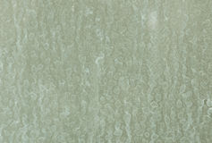 Manchas secas da água na parede de vidro fotos de stock royalty free