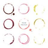 Manchas y manchas blancas /negras redondas del vino Imágenes de archivo libres de regalías