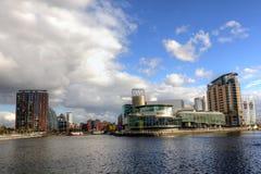 Manchester City visualisent aux quais de Salford. photos stock