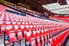 MANCHESTER ENGLAND: Gammal Trafford stadion Arkivfoton