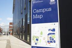 Manchester, het UK - 4 Mei 2017: Metropolitaanse Universitaire de Campusgebouwen van Manchester stock afbeelding