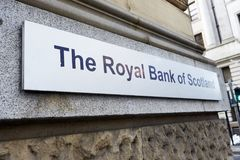 Manchester, het UK - 10 Mei 2017: Teken buiten Royal Bank van de Bouw van Schotland in Manchester Royalty-vrije Stock Foto