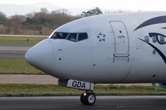 Manchester, het Verenigd Koninkrijk - Februari 16, 2014: Egyptair Boeing Stock Foto's