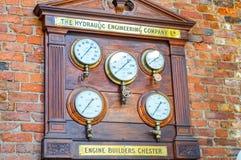 Manchester, Reino Unido - 4 de abril de 2015 - el panel histórico del motor Builde Foto de archivo libre de regalías