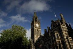 Manchester st?rre Manchester, UK, Oktober 2013, Manchester stadshus royaltyfri fotografi