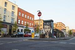 Manchester UK - 10 Maj 2017: Akse David Bowie Street Art In Manchester nordlig fjärdedel Fotografering för Bildbyråer