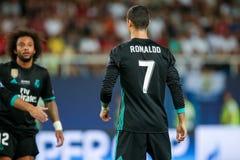 MANCHESTER UNITED FÖR REAL MADRID V: TOPPEN KOPP FÖR UEFA arkivfoton