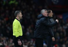 Manchester United v Paris Saint Germain - rond de Ligue des Champions de 16 : Première jambe images libres de droits