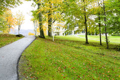 Manchester, Vermont - November 3, 2012: Weg aan Hildene, Lincoln Family Home Stock Foto