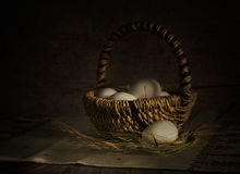 Mand met eieren Royalty-vrije Stock Foto
