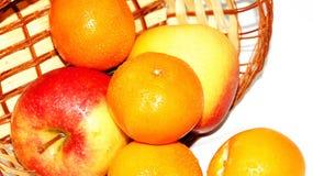 Mand van appelen en mandarijnen Stock Afbeeldingen