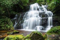 Mandaeng Таиланд водопада, человек Daeng Стоковая Фотография RF