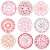 mandala Blumenmandalen eingestellt Bunte grafische Abbildung umreiß Muster Webartgestaltungselement Lizenzfreie Stockfotos