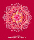 Mandala de la Navidad con los elementos decorativos de los días de fiesta en rojo Imagenes de archivo