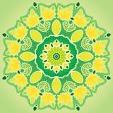 Mandala disegnata a mano fatta del vettore delle foglie di autunno Immagine Stock