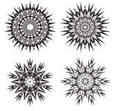 Mandala em um preto e branco Fundo do projeto Prática espiritual Abstraia o ornamento Fotos de Stock Royalty Free