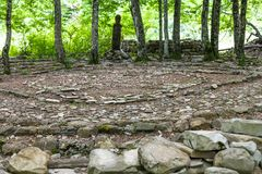 Mandala Eternity e ido de madeira em Shapsugskaya fotos de stock royalty free