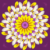 Mandala floral no fundo roxo Fotos de Stock Royalty Free