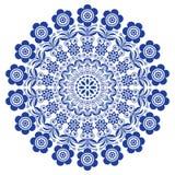 Mandala floreale di arte di piega, ornamento rotondo di vettore scandinavo, progettazione nordica con i fiori nel cerchio, compos Fotografia Stock
