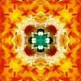 MANDALA kwiatu rocznik Z CENTRUM kwiatem W złocie, CIEMNOZIELONY krzyż W centrum Z kwadratem W bielu, PŁATKI W rewolucjonistce royalty ilustracja