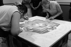 Mandala lopend in Zwart-wit Royalty-vrije Stock Foto's