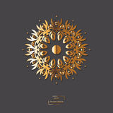 Mandala oriental de fleur ornementale d'or sur le fond gris de couleur Photographie stock libre de droits