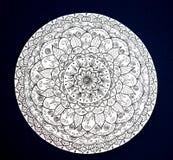 Mandala ornamental pintada a mano de la flor Foto de archivo